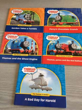 Thomas (talking & driving forward toy Train) and x 10 Story Books Norwood - image 3