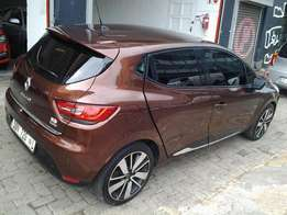2014 Renault Clio 1.4 turbo efficiency with 73000km for sale