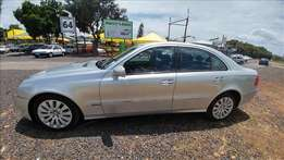 Mercedes-Benz E200, Auto, 2007, Km198504 R99,900 Trade-in's yes