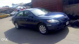 Super clean 07 Camry for fast sales