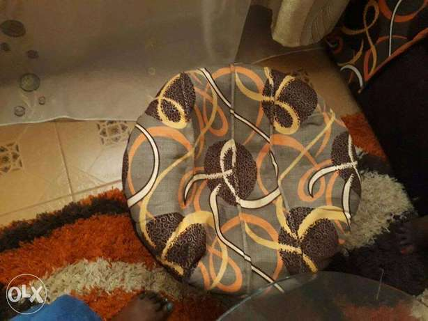 Beautiful 3 Seater For Sale Thika - image 3