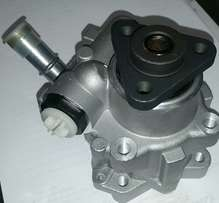 Power steering pump BMW E90 320D available