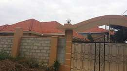 Kira.posh house for sale at 249m