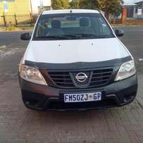 GIVE AWAY: Nissan Np200, 2010 1.6, 103000km for R 65000