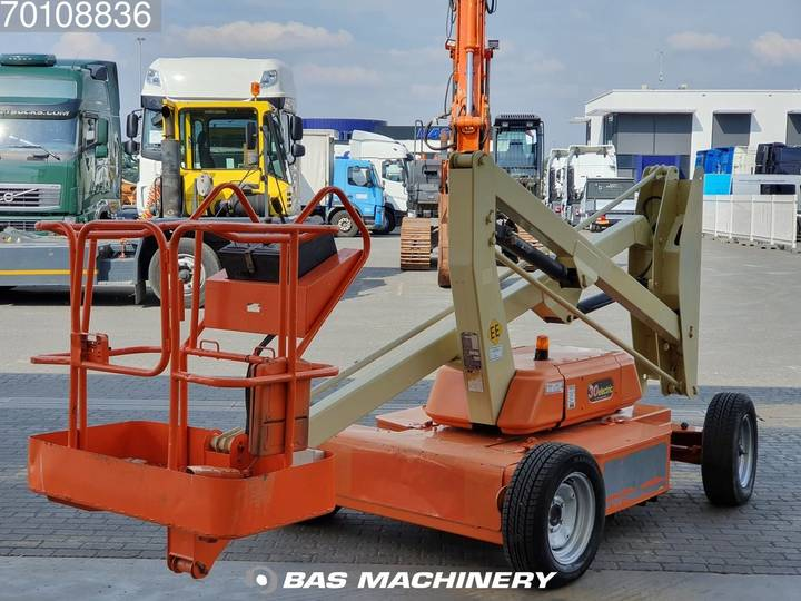 JLG 30E New batteries - 2000