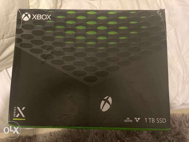 Xbox series X with cyberpunk 2077 and more games