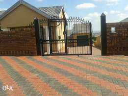 3 bedroom with 2 outside rooms & a garage in Block M