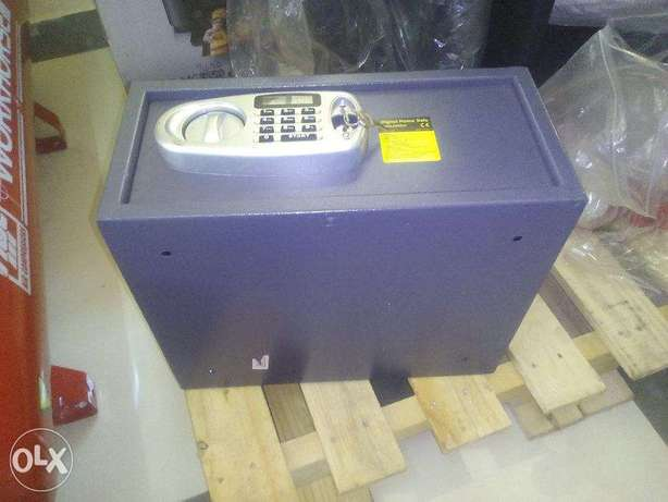 Digital Home Safe, ex UK Nairobi CBD - image 1