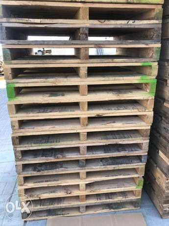 Wooden & plasic pallets for sale