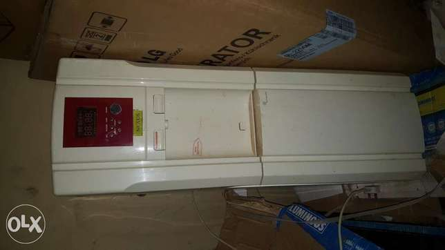 Used water dispenser with fridge for sale Ilorin West - image 1