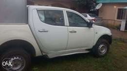 Very Clean Mitsubishi L 200 buy and drive nothing to fix