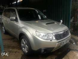 subaru forester very clean , foglights,new tyres alloys .