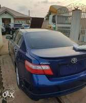 Clean and Neat Toyota Camry 2008/2009 model for sale.
