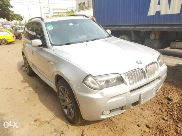BMW X3 (Xtremely Clean) Surulere - image 4