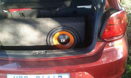 Laptop for sale and car sound
