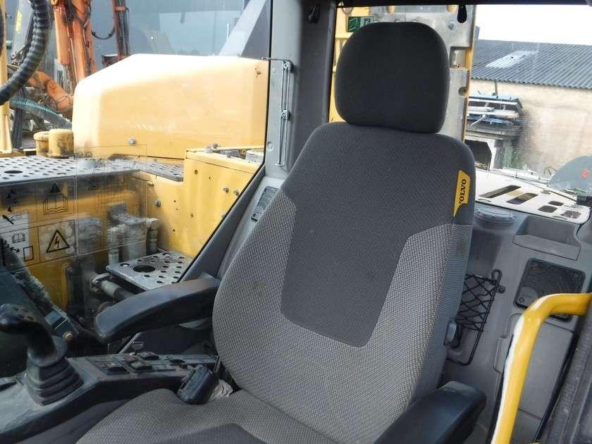 Volvo ECR145DL - 2013 - image 38
