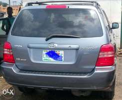 A very clean & neat, Toyota Highlander limited edition, 2001 model