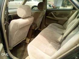 Clean Toyota Camry 2.2 Tiny light
