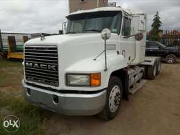 Clean white foreign used Mack truck for sale