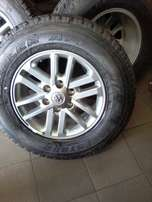 Bridgestone Dueller complete set of tyres & mags going on R12000