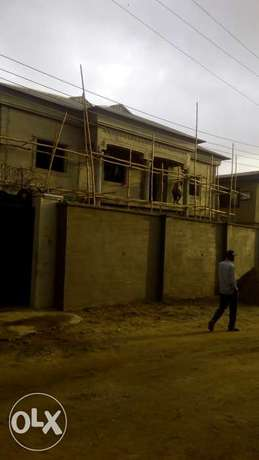 Now Letting : Newly built Executive 2bedroom & mini flat at Lasu Rd Lagos - image 1