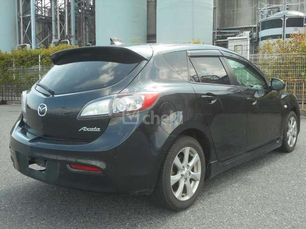 Metallic black Sport New Shape mazda Axela on sale Nairobi CBD - image 4