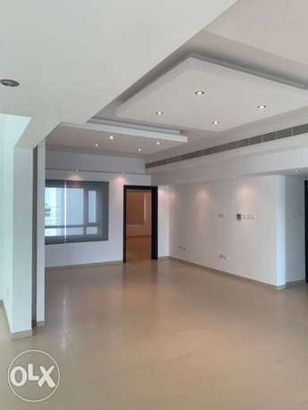 Luxurious 3 bedrooms Apartment For Rent Mawaleh South