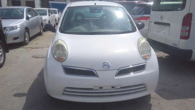 Very clean Nissan March On Sale Mombasa Island - image 3