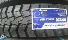 9.5 R17.5 Double Coin tyre,16000