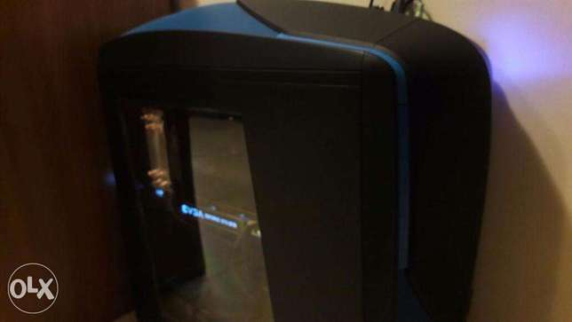 (Negotiable Price) Extreme Custom Built Gaming PC + Peripherals + Desk