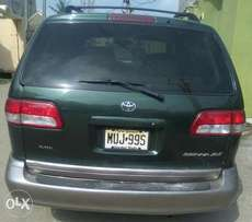 Full options Toyota Sienna 2002 XLE