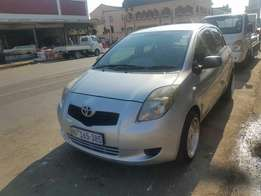 Toyota yaris t3 mint coundtion NO accident