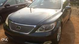 a tokunbo lexus ls 460 full options