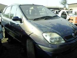 2001 Renault Scenic 1.6 - Stripping for Spares