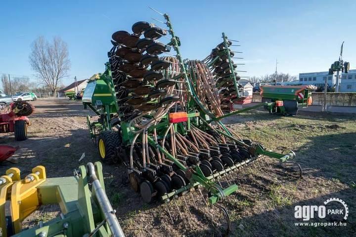 John Deere 740a, 6 M Foldable Mulch Drill, 2.300 Liter Seed - 2003