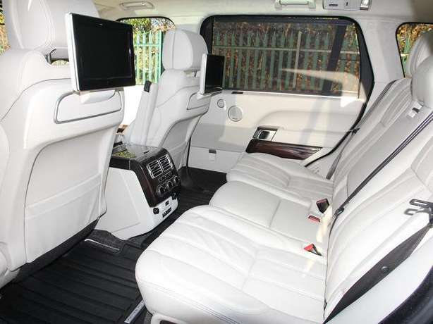 2015 Range Rover Vogue 4.4 diesel *Long wheel base *Rear screens &more Nairobi West - image 6