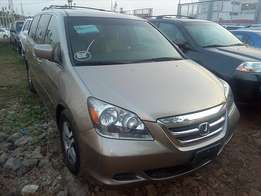 Foreign Used Honda Odyssey (2005)