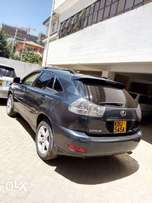 Toyota harrier Kbu 3000ccvvti auto asking 1.2m