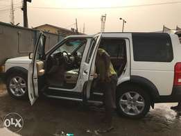 Nigeria Used 2007 LR3 for sale in clean and perfect condition.