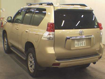 Foreign Used 2010 Toyota Land Cruiser Prado Asking Price 4,800,000/= Highridge - image 6