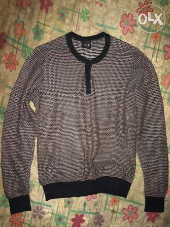Armani Exchange knitwear fits well for 70 kilograms