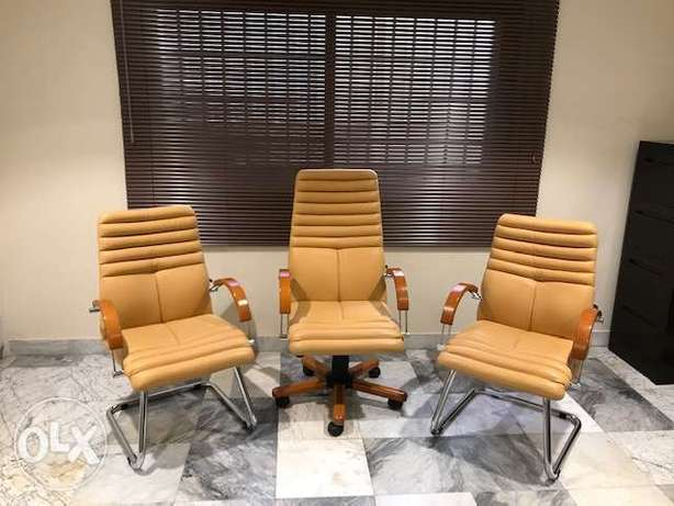 Barely used office furniture