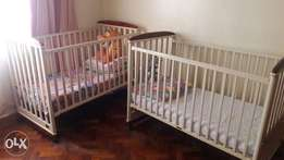 Nice baby cot