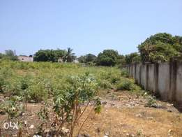 1.1 acre Land in Nyali, off Simba Rd at 60M