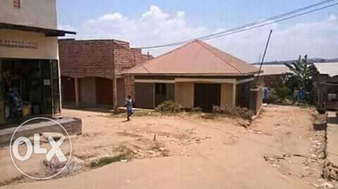 This is 3bedrooms house for sale in kawempe at 40m Kampala - image 3