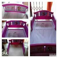 Frozen toddler bed with mattress
