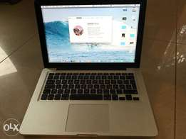 "Macbook Pro 13"" (late 2011) / i7 / 2.8GHz / 1TB SSD"