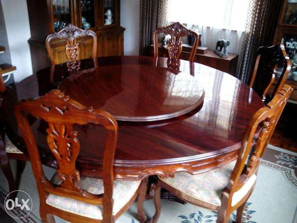 8 chair dining table with lazy suzy Nairobi West - image 2