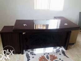 TRT Executive Office Exotic 1.6m Table