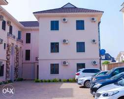 2 bedrooms furnished and serviced apartment in jahi 35k per day